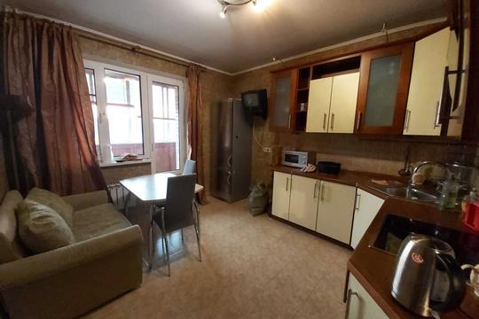 2-комнатная квартира, 70 м2, 4 этаж