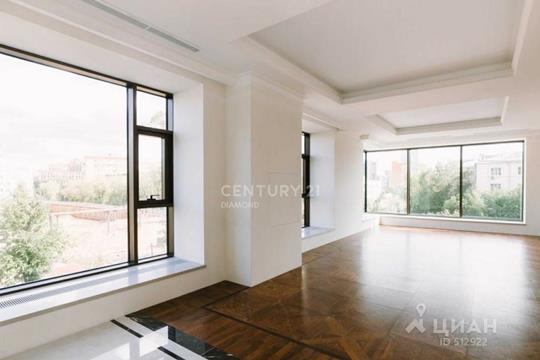 3-комнатная квартира, 127 м<sup>2</sup>, 3 этаж