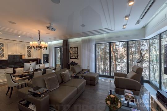 4-комнатная квартира, 154 м<sup>2</sup>, 2 этаж
