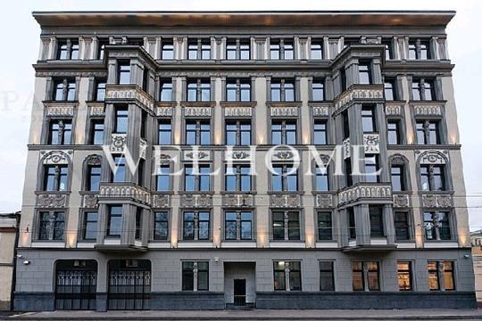 Многокомнатная квартира, 420 м2, 2 этаж