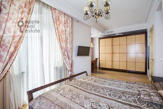 4-комнатная квартира, 150 м2, 3 этаж