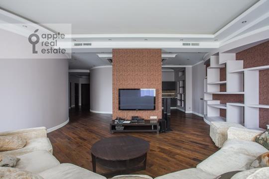 4-комн квартира, 210 м2, 1 этаж