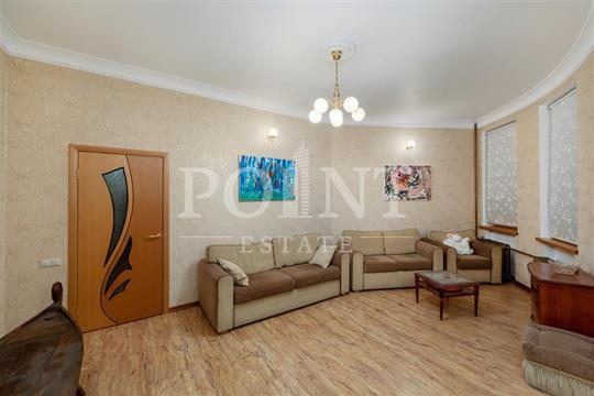 4-комн квартира, 120 м2, 1 этаж
