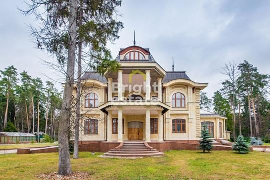 Коттедж, 1200 м2, регион Московская область Московская область Жуковка, Рублево-Успенское шоссе