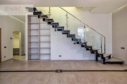 5-комн квартира, 200 м2, 3 этаж