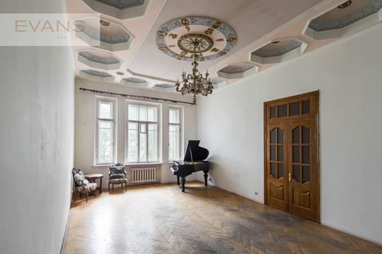 Многокомнатная квартира, 250 м2, 4 этаж