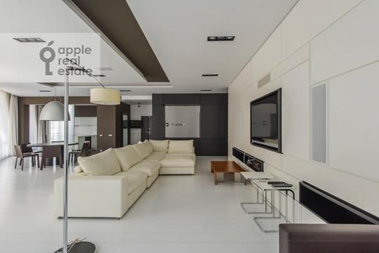 3-комн квартира, 260 м2, 3 этаж