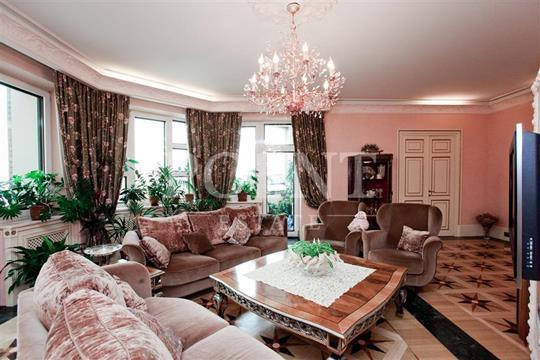 5-комн квартира, 270 м2, 8 этаж