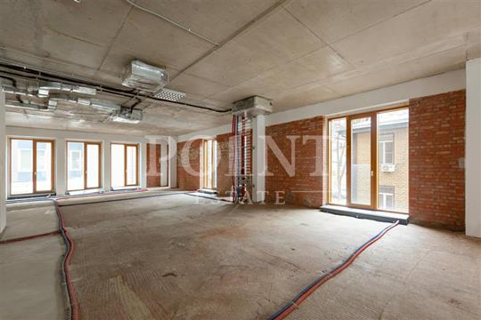 4-комн квартира, 201 м2, 2 этаж