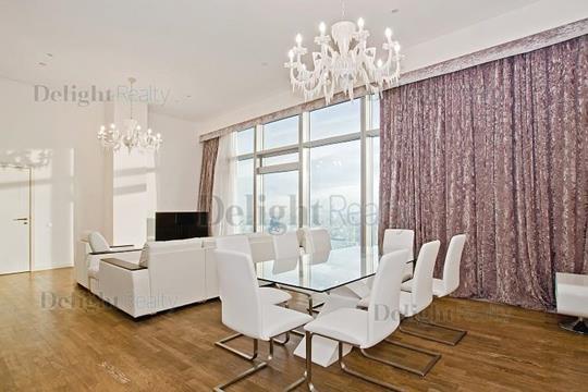 2-комн квартира, 107 м2, 58 этаж