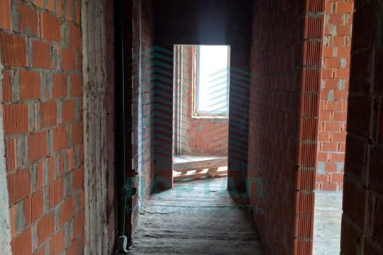 2-комн квартира, 66.1 м2, 2 этаж