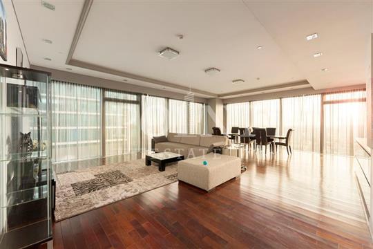 3-комн квартира, 190 м2, 24 этаж