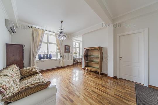 2-комн квартира, 83 м2, 5 этаж