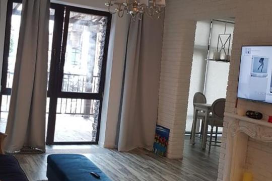 2-комн квартира, 67 м2, 1 этаж