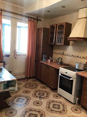 2-комн квартира, 70 м<sup>2</sup>, 16 этаж_1