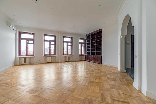 Многокомнатная квартира, 400 м2, 7 этаж