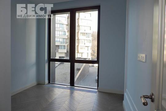 3-комн квартира, 98 м2, 2 этаж