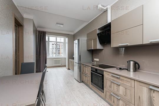 4-комн квартира, 160 м2, 8 этаж