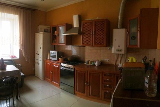 4-комн квартира, 84.5 м2, 2 этаж