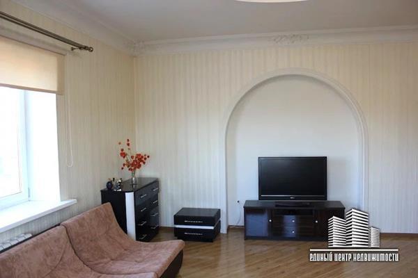 3-комн квартира, 110 м<sup>2</sup>, 2 этаж_1