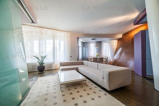3-комн квартира, 134 м2, 3 этаж
