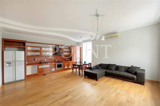 5-комн квартира, 155 м2, 5 этаж
