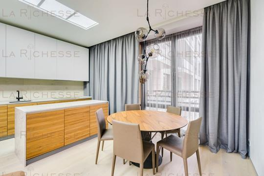 4-комн квартира, 138 м2, 4 этаж