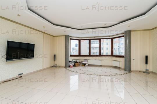 3-комн квартира, 135 м2, 8 этаж