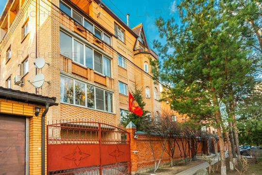 4-комн квартира, 243.4 м2, 3 этаж