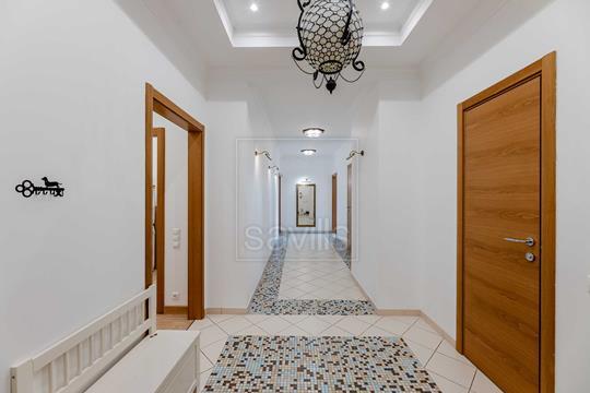Многокомнатная квартира, 285 м2, 3 этаж