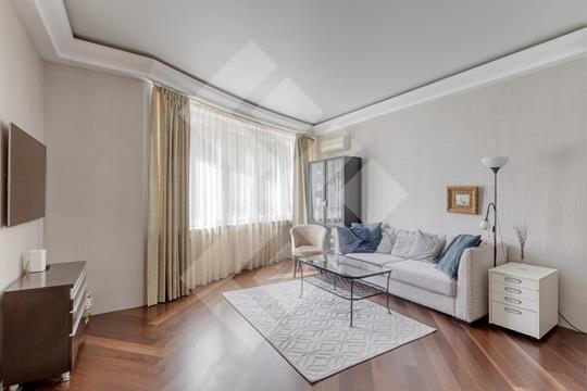 3-комн квартира, 115 м2, 2 этаж