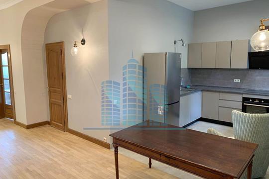 4-комн квартира, 106 м2, 3 этаж