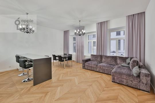 2-комн квартира, 90 м2, 4 этаж