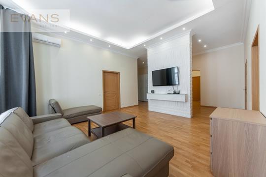 5-комн квартира, 146 м2, 3 этаж