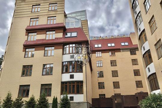 4-комн квартира, 230 м2, 4 этаж