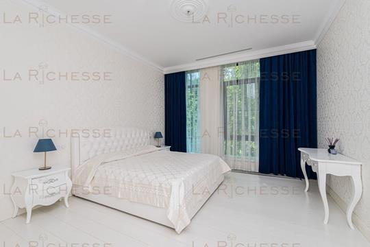 5-комн квартира, 221 м2, 2 этаж