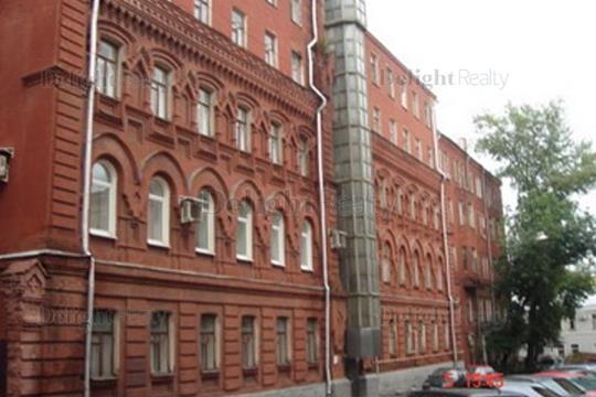 Многокомнатная квартира, 160 м2, 5 этаж