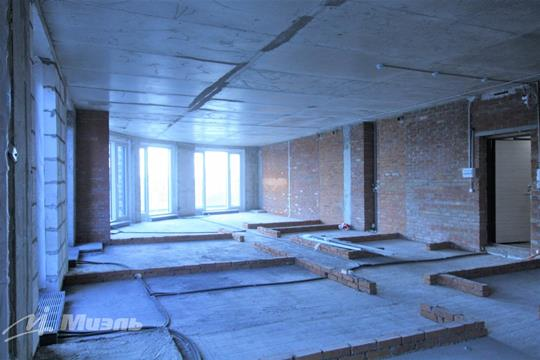4-комн квартира, 134 м2, 10 этаж