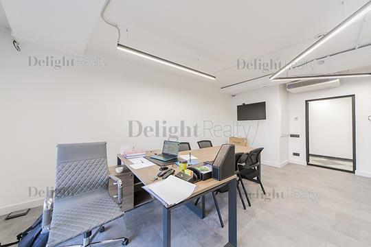 Многокомнатная квартира, 250.3 м2, 3 этаж