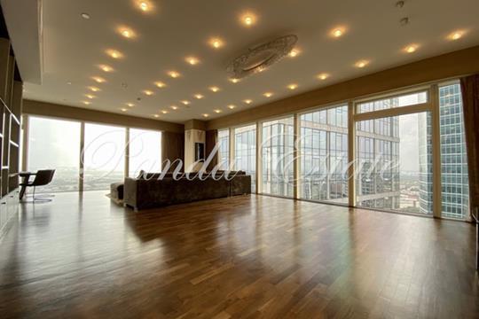 3-комн квартира, 200 м2, 43 этаж