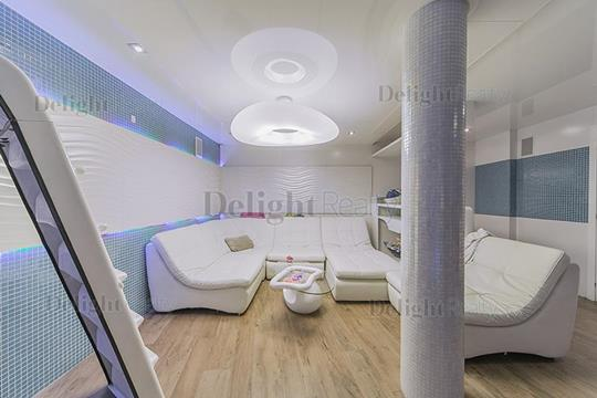 Многокомнатная квартира, 340 м2, 4 этаж