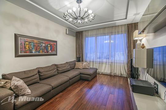 2-комн квартира, 76.8 м2, 24 этаж