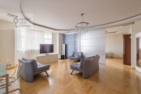 Многокомнатная квартира, 220 м2, 3 этаж