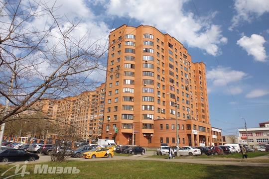 2-комн квартира, 72.8 м2, 8 этаж