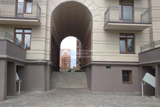 3-комн квартира, 76 м2, 1 этаж