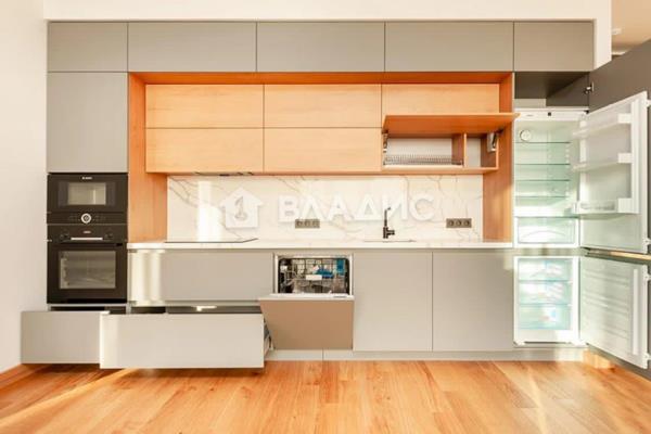 3-комн квартира, 82.8 м2, 21 этаж - фото 1
