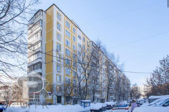 3-комн квартира, 60 м2, 1 этаж