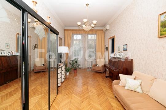 2-комн квартира, 56.2 м2, 4 этаж