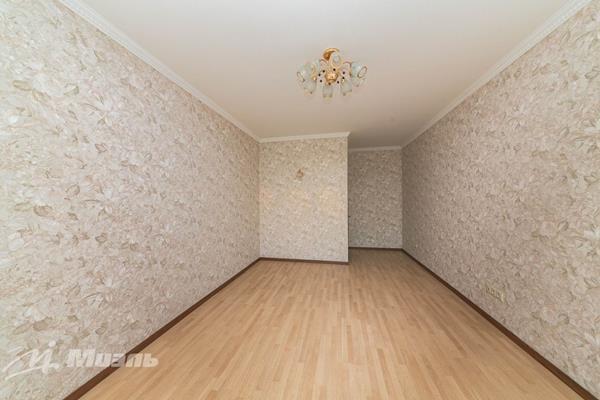 Комната в квартире, 60 м2, 6 этаж - фото 1