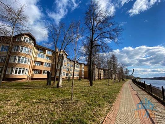 2-комн квартира, 137.6 м2, 4 этаж - фото 1